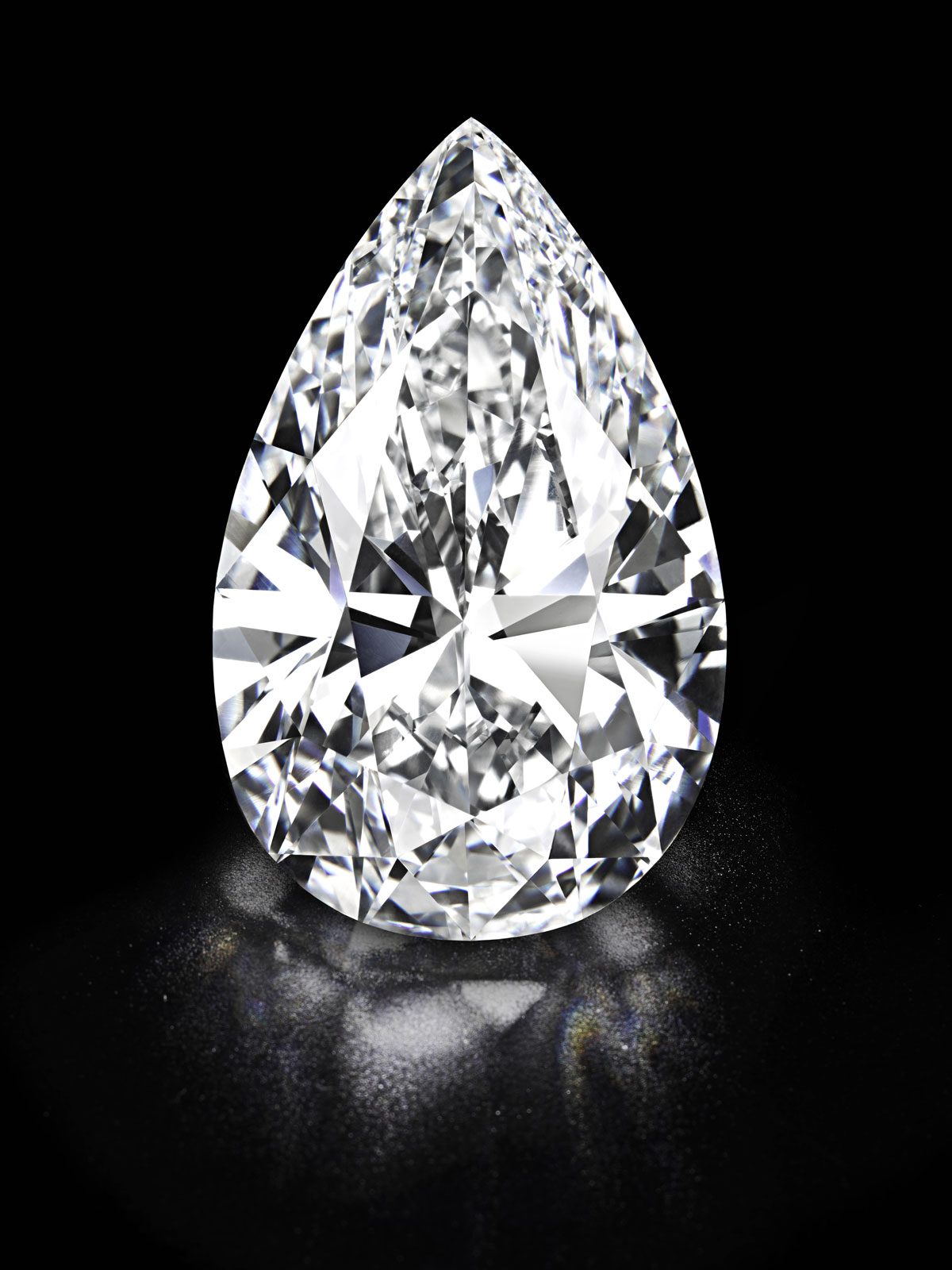 101.7-carat-Worlds-largest-flawless-diamond-1.jpg