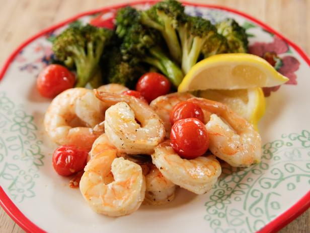 WU1405H_Roasted-Shrimp-and-Lime-Chile-Broccoli_s4x3.jpg.rend.hgtvcom.616.462.jpeg