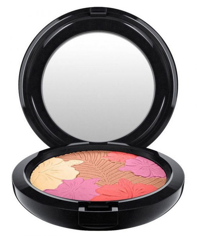 MAC-Summer-2017-Fruity-Juicy-Makeup-Collection-Pearlmatte-Face-Powder-e1493033471846.jpg