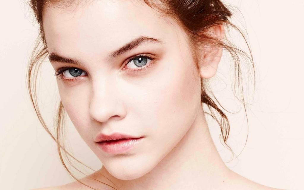 barbara-palvin-eyes-face.jpg