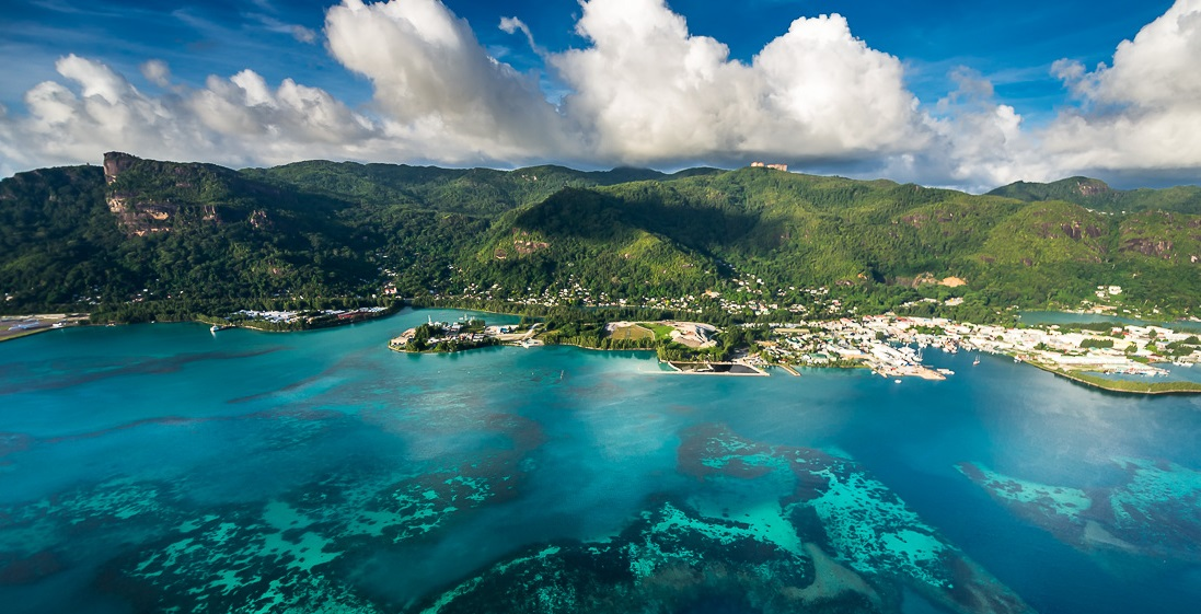 Seychelles-Islands-from-a-height-02.jpg